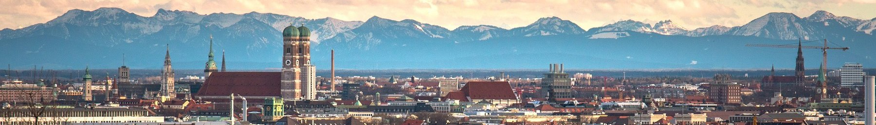 Munich Panorama (cropped for Wikivoyage).jpg