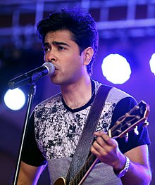 Musical Performance by Shahzad Roy (35952199680) (cropped).jpg