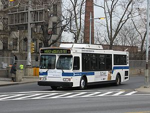 M60 (New York City bus) - A standard-length Orion VII bus on the M60 in 2007, prior to Select Bus Service implementation.