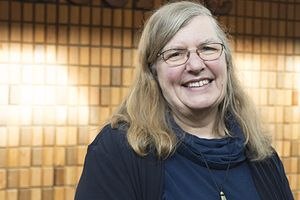 Nancy Turner - Image: Nancy Turner ethnobotanist