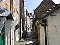 Narrow street in Robin Hood's Bay - geograph.org.uk - 500407.jpg