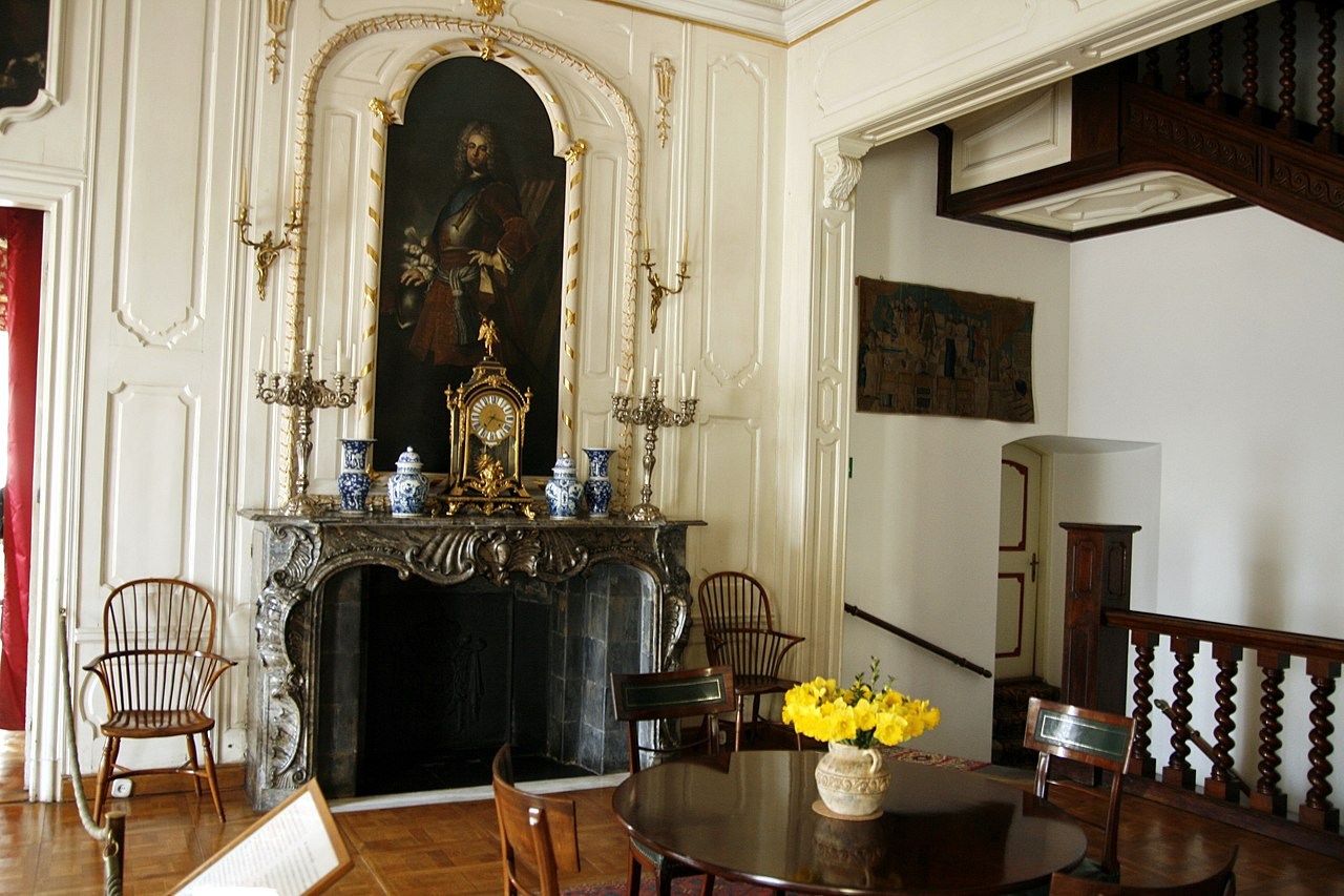 file:nieborów palace - the small dining-room-1 - wikimedia commons