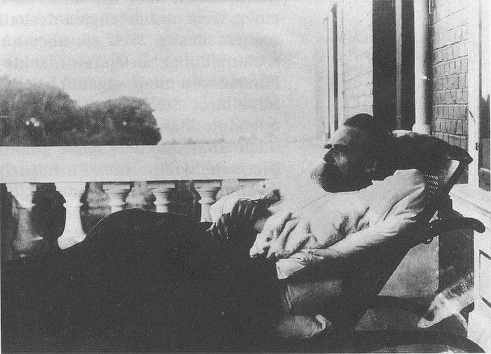 Nietzsche Olde 10
