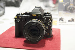 Nikon Df golden 01.jpg