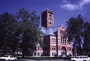 Das Noble County Indiana Courthouse in Albion, gelistet im NRHP Nr. 81000005[1]