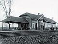 Oakville Ontario Rail Station circa 1920 (25810666220).jpg