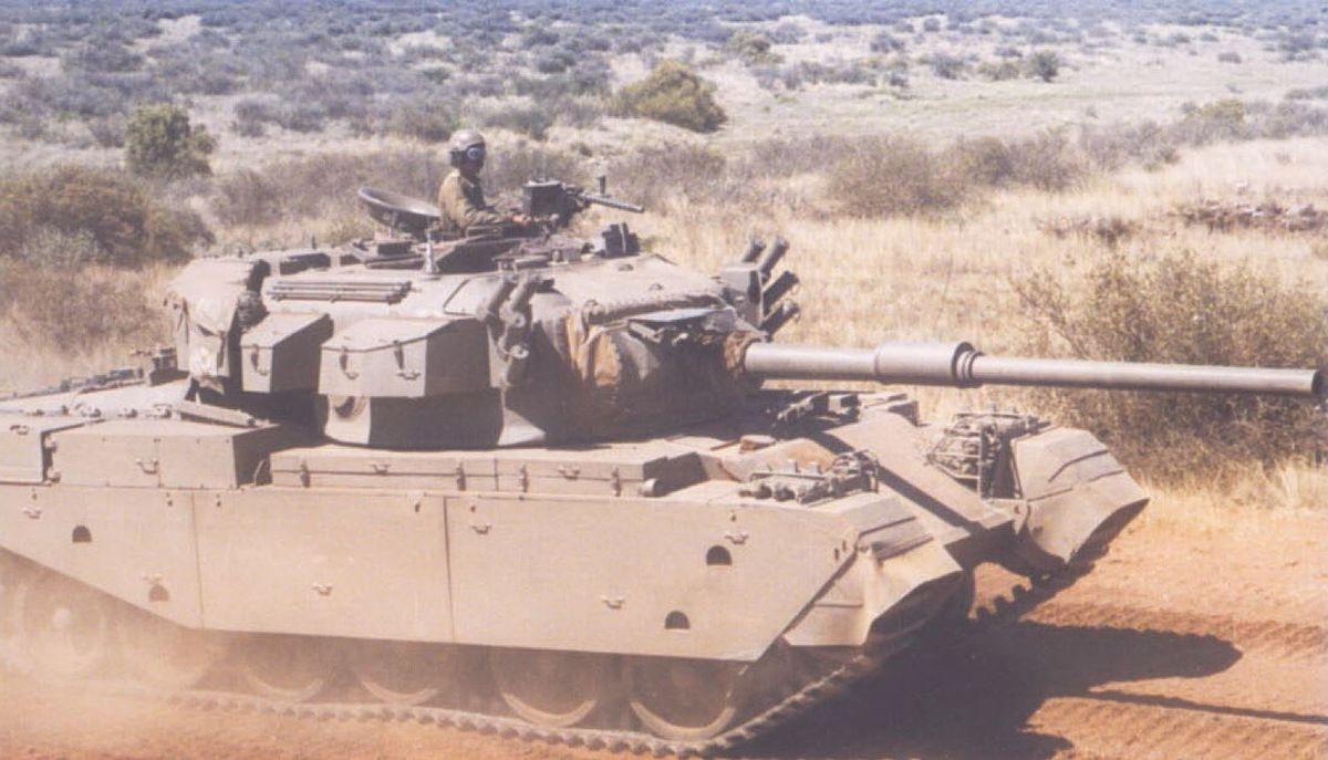Olifant Mk 1 A de Brug Training Area 1993.jpg