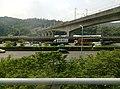 On Freeway 1 in New Taipei 08.jpg