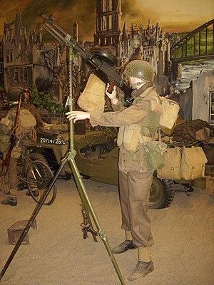 Overloon War Museum 2010, diorama military equipment.jpg