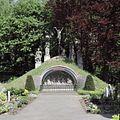 Overzicht van grot op de begraafplaats - Veghel - 20424488 - RCE.jpg