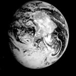 PIA00226 Global View of Earth in the Near-Infrared.jpg