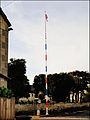 Paganhill, Stroud ... Maypole. - Flickr - BazzaDaRambler.jpg