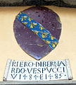 Palazzo d'Arnolfo, stemma piero di bernardo vespucci 1484-85.jpg