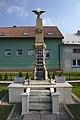Památník obětem světových válek, Střeň, okres Olomouc.jpg