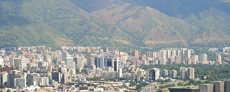 File:Panorámica de Caracas, Venezuela.jpg