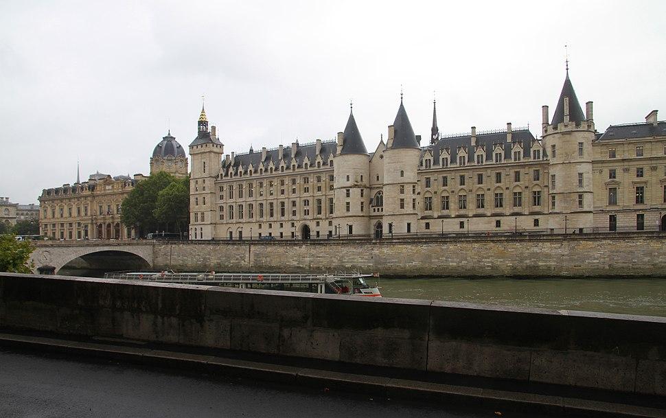 Paris-Palais de Justice-112-Quai des Orfevres-2017-gje