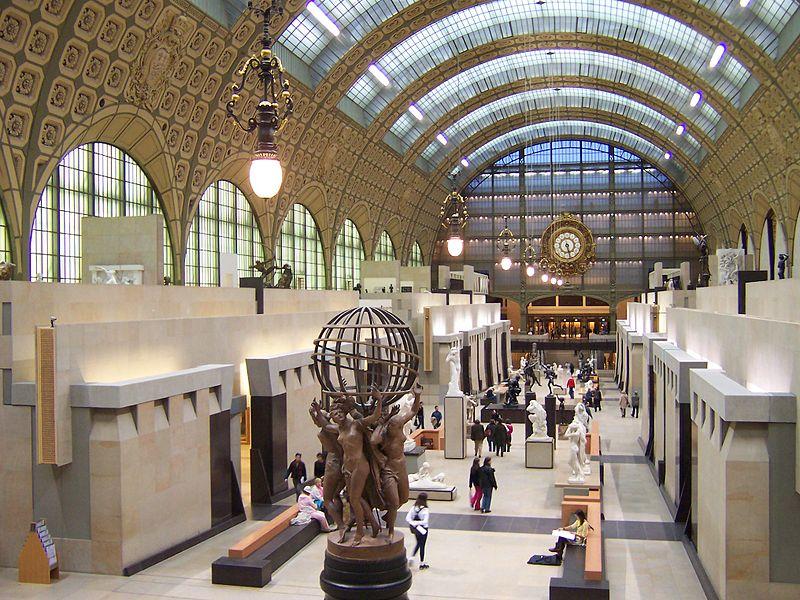 File:Paris Musée d'Orsay Grande nef centrale 02a Allée des sculptures.jpg