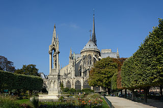 Paris Notre-Dame East View 02.JPG