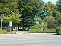 Park in Sint-Rita, Kontich - Mapillary (qdl2NK1VpKn14GO-2sQ5WA).jpg
