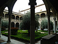 Patio Museo de Santa Cruz 09.jpg