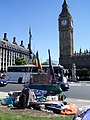 Peace protest on Parliament square - panoramio.jpg