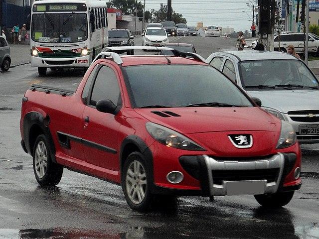 640px-Peugeot_Hoggar_2012.jpg