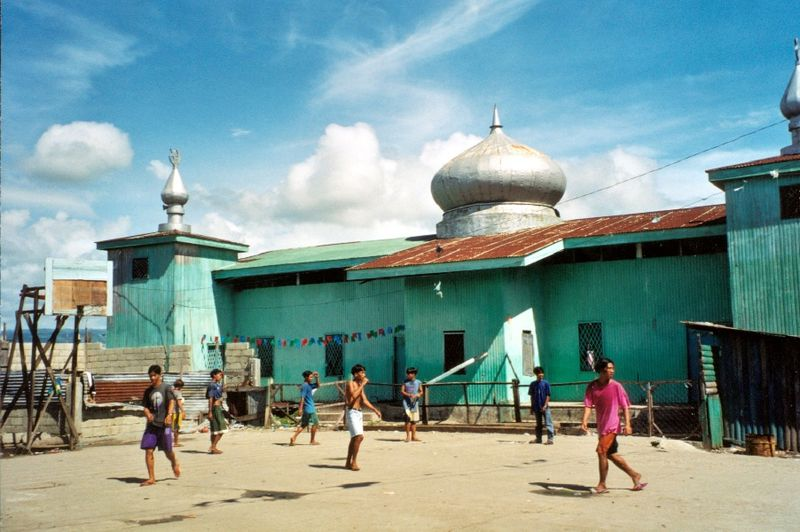 Datei:Philippinen basilan moschee ph05p27.jpg