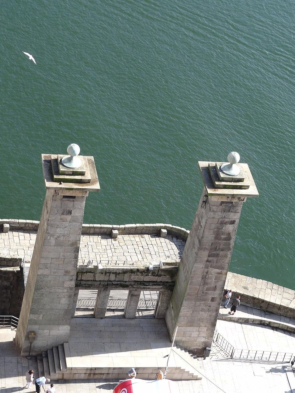 Pilares da Ponte Pensil - Porto