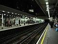 Platforms, High Street Kensington tube station - geograph.org.uk - 627406.jpg