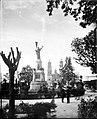 Plaza pública en Dolores Guanajuato, vista parcial.jpg