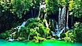Plitvička jezera - slapovi.jpg