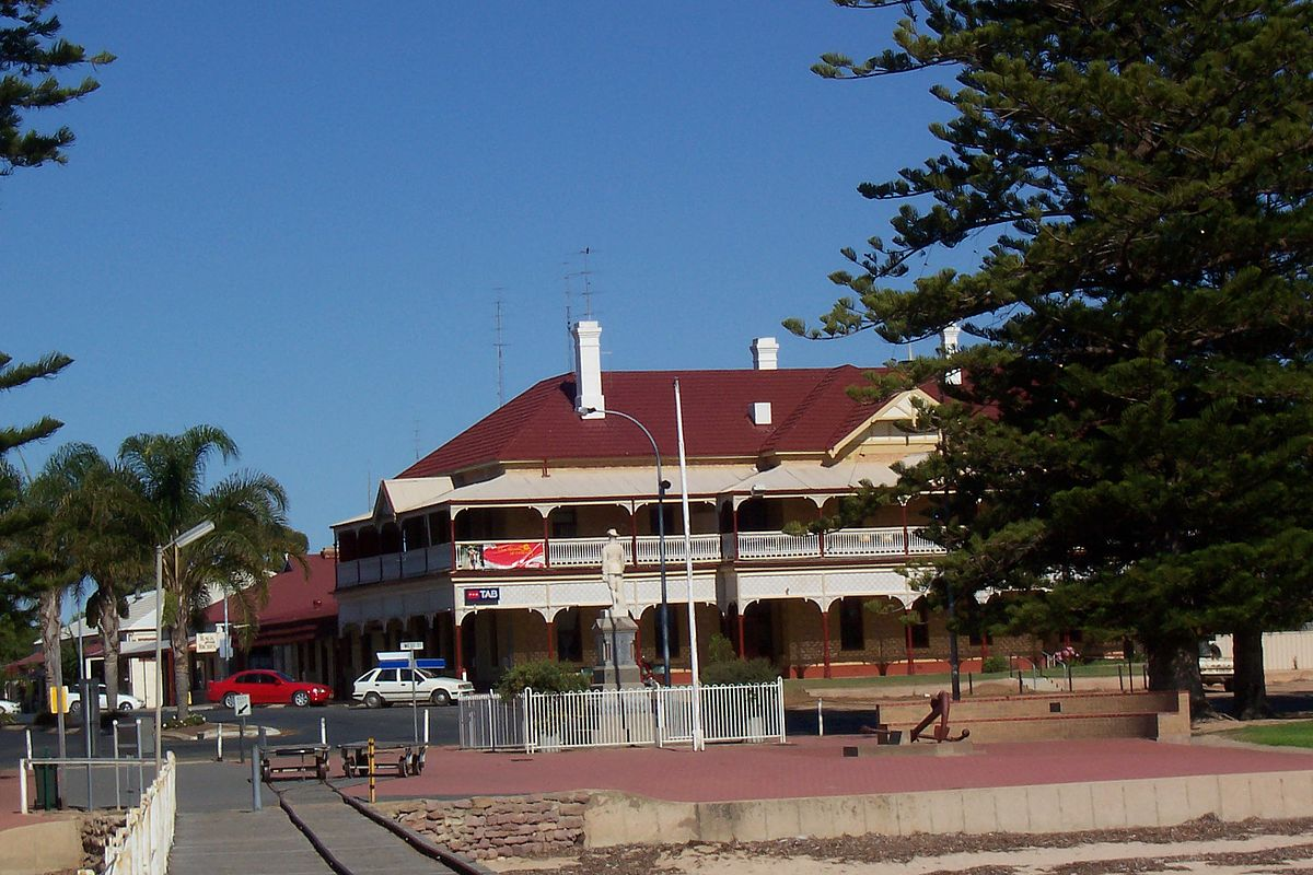 Port broughton south australia wikipedia - Accommodation port adelaide south australia ...