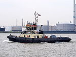 Port of Antwerp Tug 32 - ENI 06105143.JPG