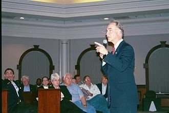 Tom Price (American politician) - Price speaking in Roswell, Georgia in 2005