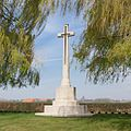 Prowse Point Military Cemetery 11 (cropped).JPG