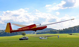 Schleicher ASK 13 - Pull up of ASK 13 at Degerfeld airfield (2016)