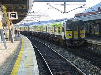 Dublin Suburban Rail - A 2800 Class unit (2810) at Dublin Connolly in 2008