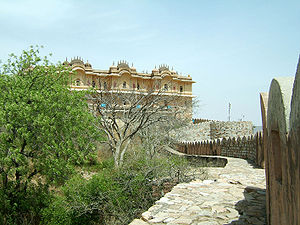The Amazing Race Norge 1 - Jaipur's Nahargarh Fort was the third Pit Stop on The Amazing Race Norge.