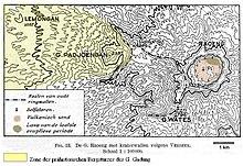 Gunung Raung mit Resten von alten Kraterwällen. Höhenlinien alle 100 ...