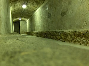 Almería air raid shelters - View of the interior of the galleries.