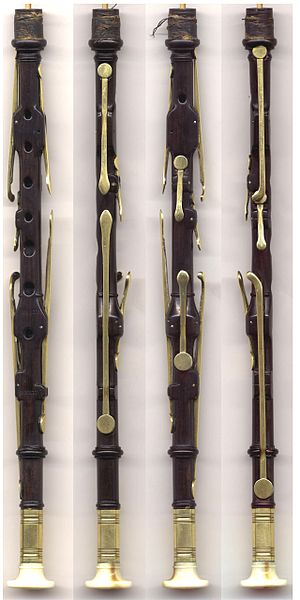 Northumbrian smallpipes - Image: Reid seven key chanter