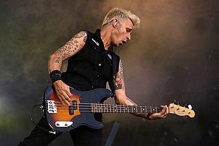 Mike Dirnt American rock musician