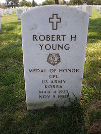 Robert H. Young headstone front.JPG
