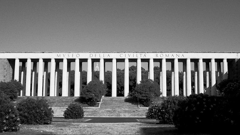 Musée de la Civilisation Romaine dans le quartier de l'EUR au sud de Rome. Photo de Blackcat.