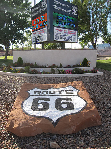 US 66 marker on the corner of Navajo Boulevard and Hopi Drive in Holbrook, AZ Route 66 in Holbrook.JPG