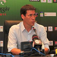Garcia in conferenza stampa nella Supercoppa di Francia 2011