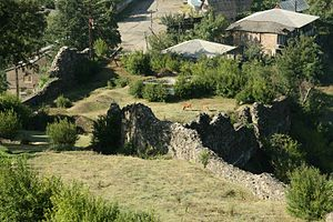 Ruins of Shorapani fortress (Photo A. Muhranoff).jpg