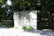 Sarcophagus-from-Marcianopolis-Devnya