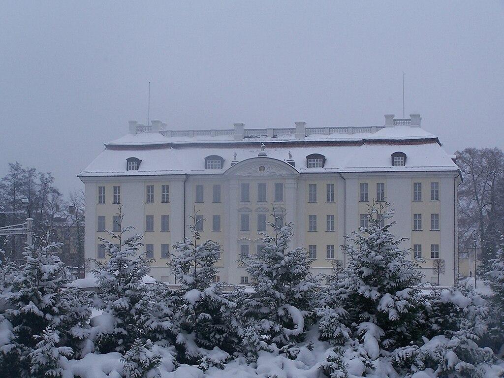 Schloss Köpenick in the snow.jpg