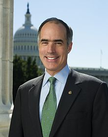 Senator Bob Casey official photo 2007.jpg